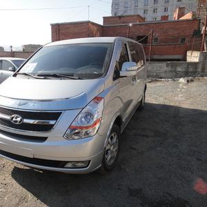 Продам автомобиль Hyundai Grant Starex CVX 2009 г