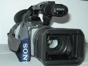 Продаётся видеокамера SONY VX-2100